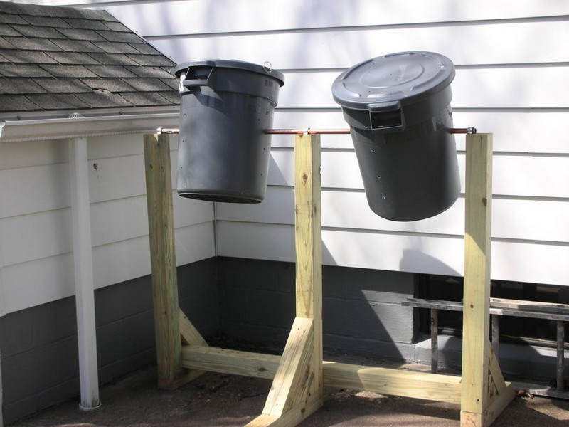 Diy compost bin garbage can diy do it your self for Diy dustbin ideas