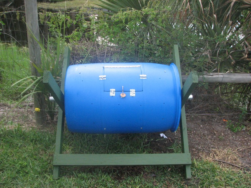 how to make a small compost bin