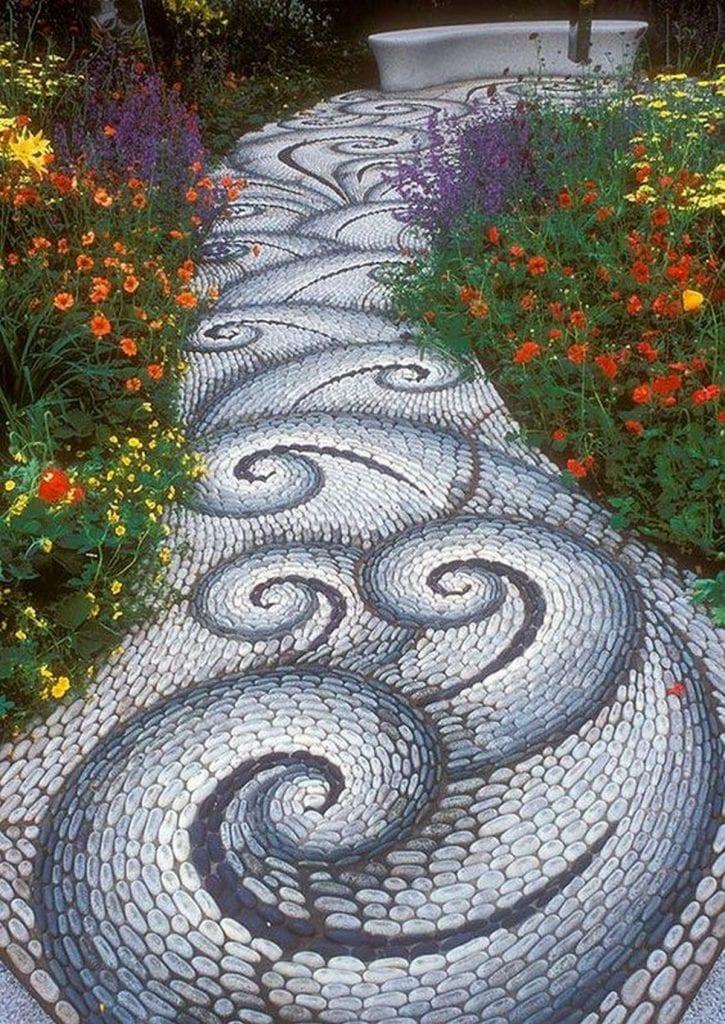 Mosaic garden pathways will make a beautiful garden more beautiful!
