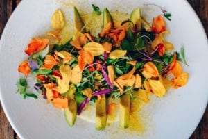 5 Delicious Edible Flowers for Your Kitchen