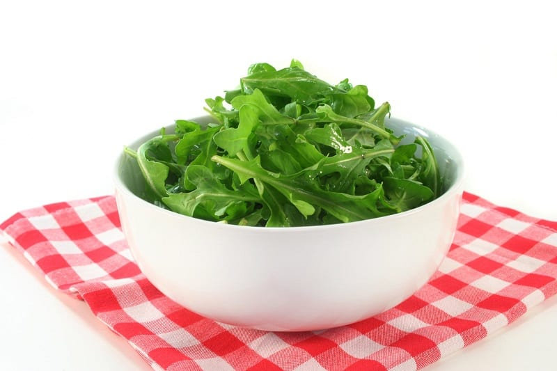 There are two types of arugula you can harvest in winter: wild and garden.