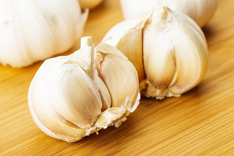 You can bury a clove of garlic in the soil of an infected plant to eliminate fungus gnats.