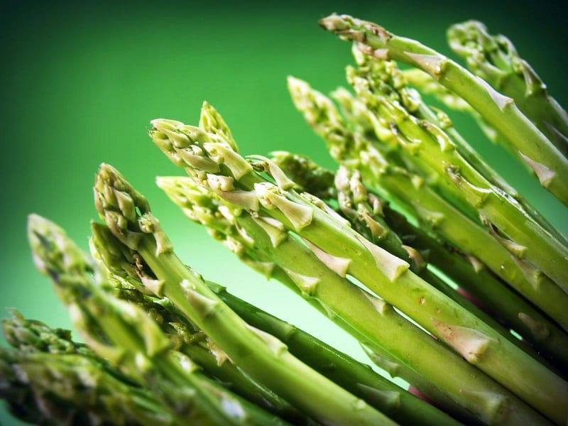 Grown best from the crowns in a sandy soil, asparagus is well-suited to growing in trenches.