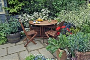 Budget-Friendly Ways to Make the Most of Your Outdoor Space