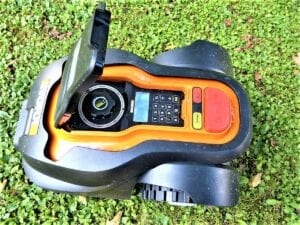 Our Take on 4 of the Best Robotic Lawnmowers in the Market