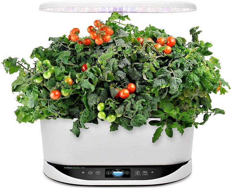 If you're looking for a top-quality smart indoor garden kit, you're looking for the AeroGarden Bounty Indoor Hydroponic Garden